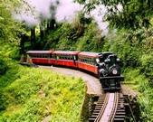 火車:thCA2KQ0XW.jpg